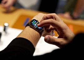 Poproś Apple Watch, aby podał Wam godzinę na dowolnej tarczy zegarka