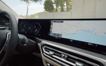 BMW-i4-Car-Play